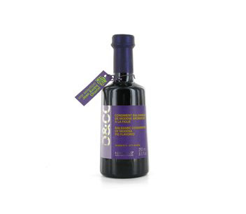 Bottle of Oliviers & Co Fig Balsamic Vinegar of Modena