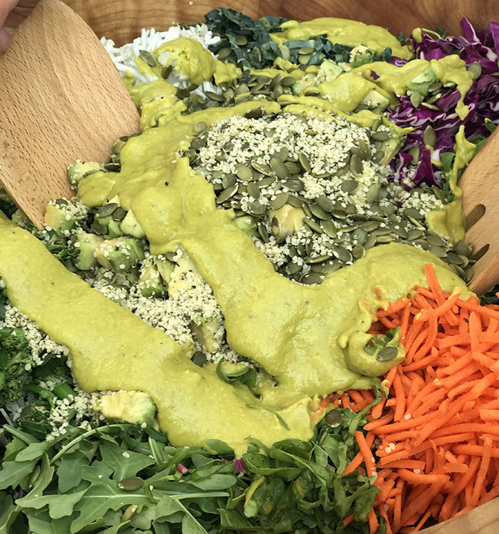 Curried Avo Dressing with Super Greens