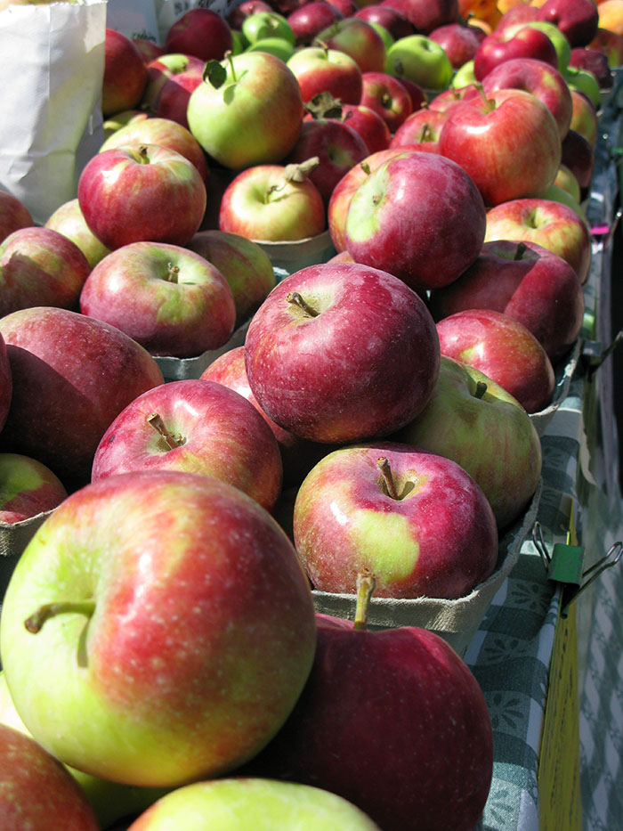Farmstand Apples